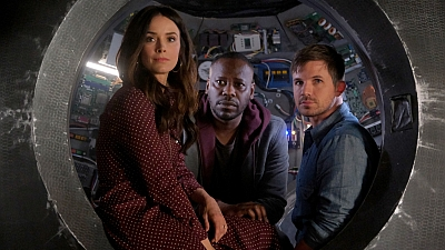 Timeless 02x12 : The Miracle of Christmas (2)- Seriesaddict